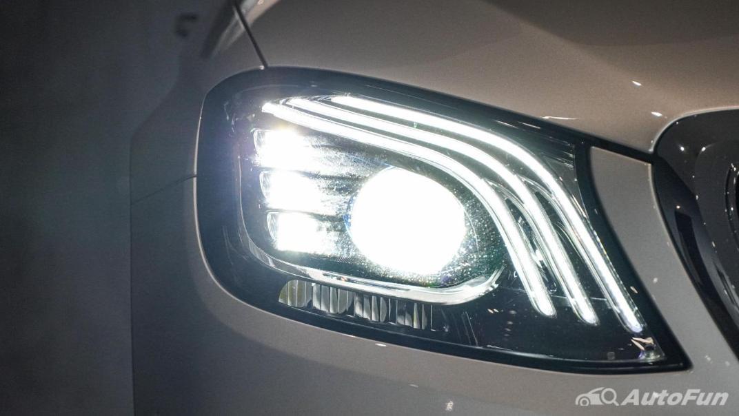 Mercedes-Benz S-Class S 560 e AMG Premium Exterior 015