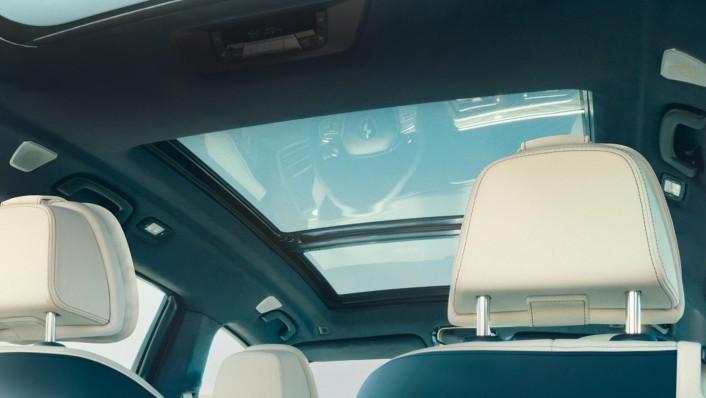 BMW X7 2020 Interior 005