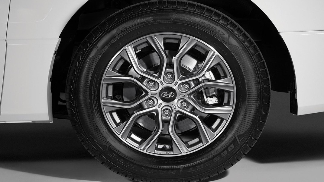 Hyundai Grand-Starex 2020 Exterior 006