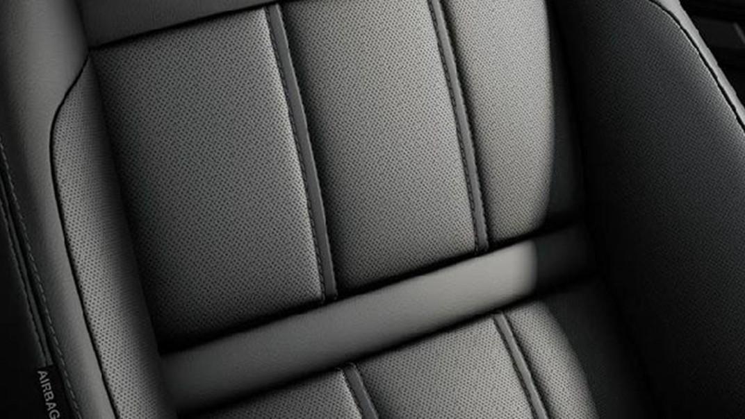 Land Rover Range Rover Evoque 2020 Interior 002