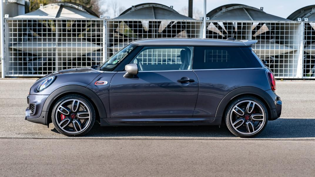 2021 Mini 3-Door Hatch John Cooper Works GP Inspired Edition Exterior 002