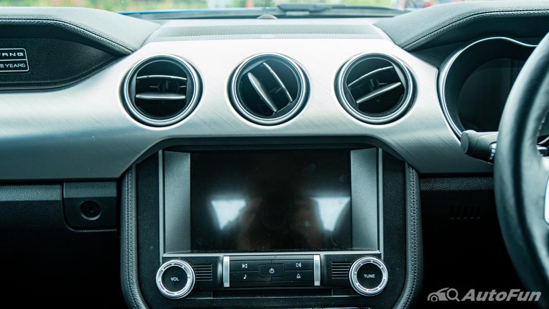 2020 Ford Mustang 5.0L GT Interior 016