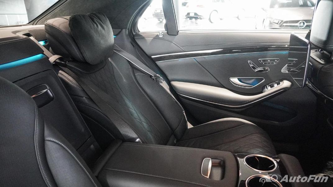 Mercedes-Benz S-Class S 560 e AMG Premium Interior 058