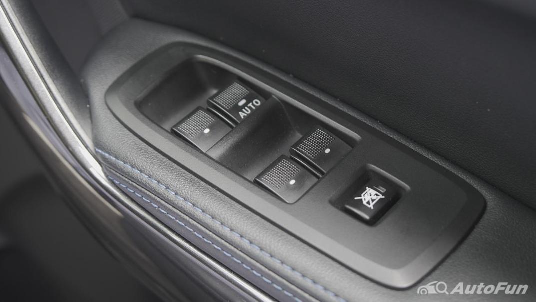 2021 Ford Everest 2.0L Turbo Titanium 4x2 10AT - SPORT Interior 050