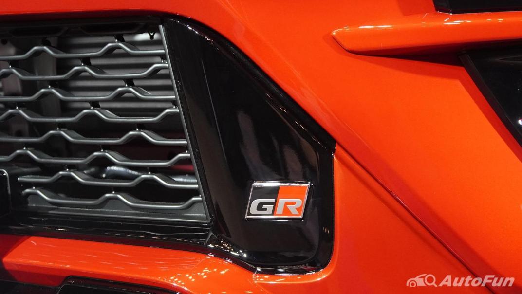 2021 Toyota Fortuner 2.8 GR Sport 4WD Exterior 014