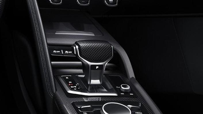 Audi R8 2020 Interior 005