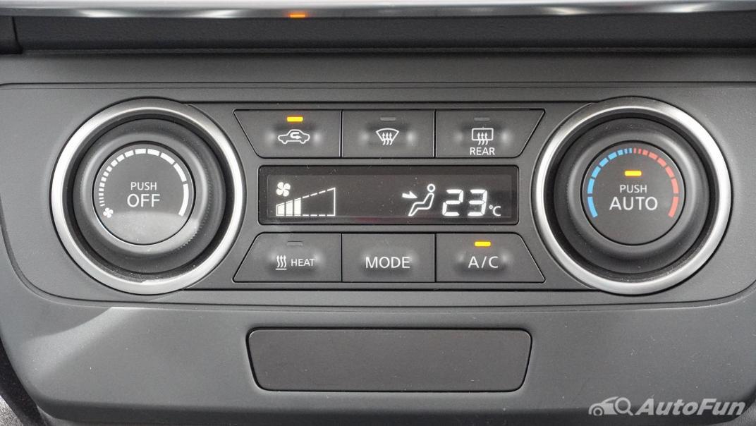 2020 Nissan Leaf Electric Interior 019