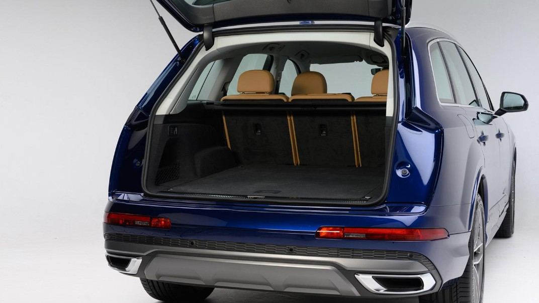 Audi Q7 2020 Interior 004