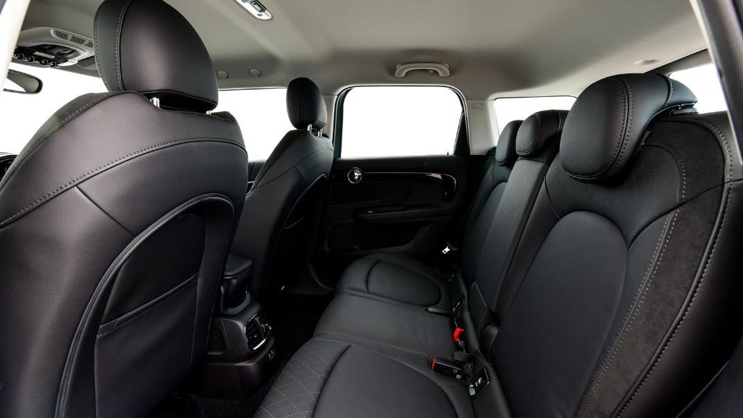 2021 Mini Countryman Interior 017