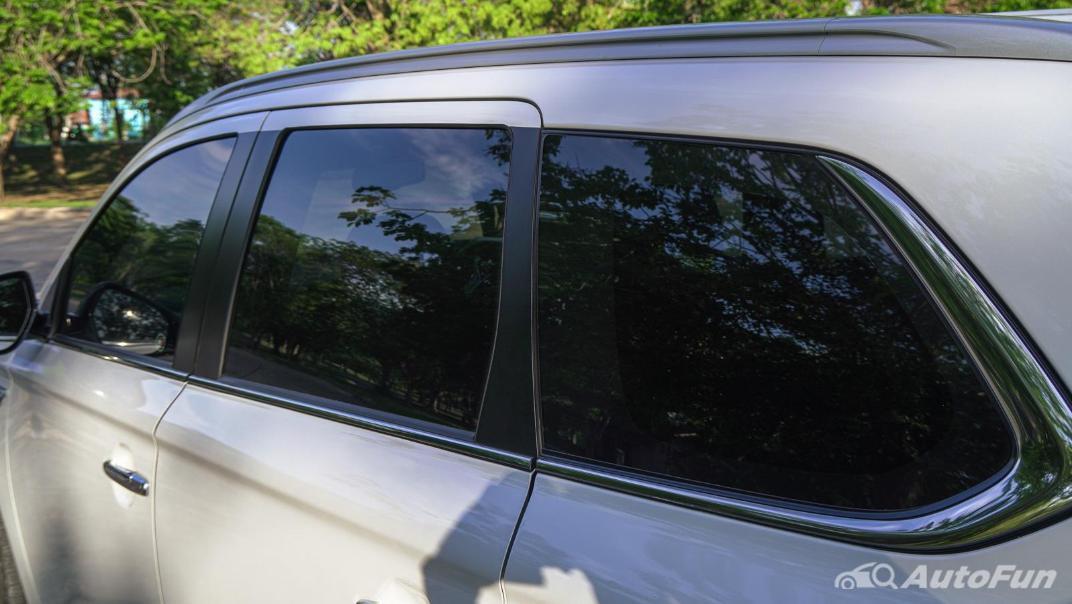 2021 Mitsubishi Outlander PHEV GT-Premium Exterior 020