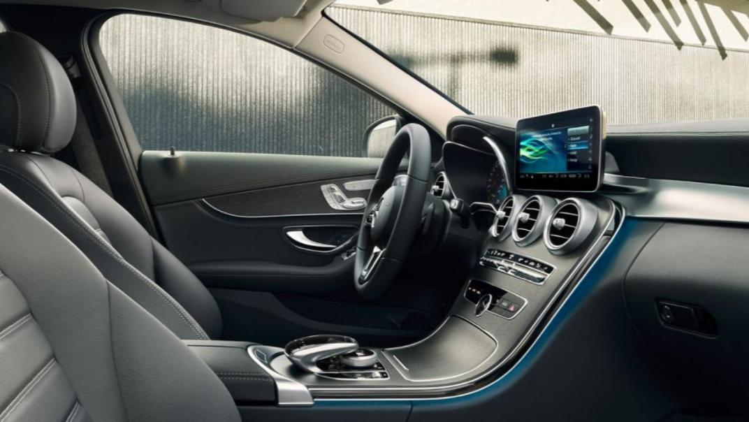 Mercedes-Benz C-Class Saloon 2020 Interior 015