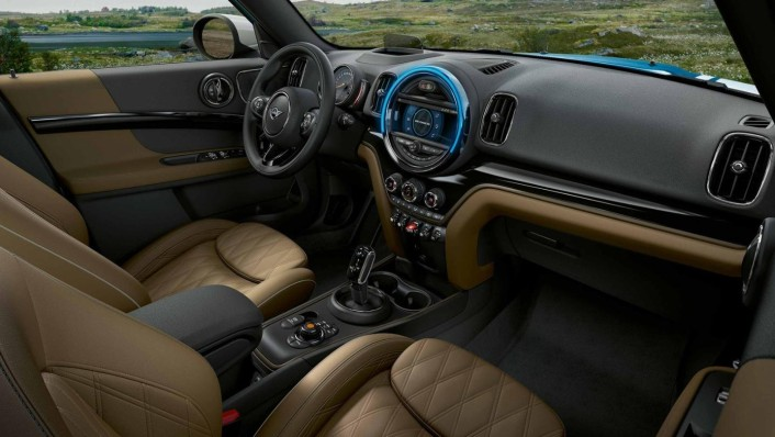 Mini Countryman 2020 Interior 003