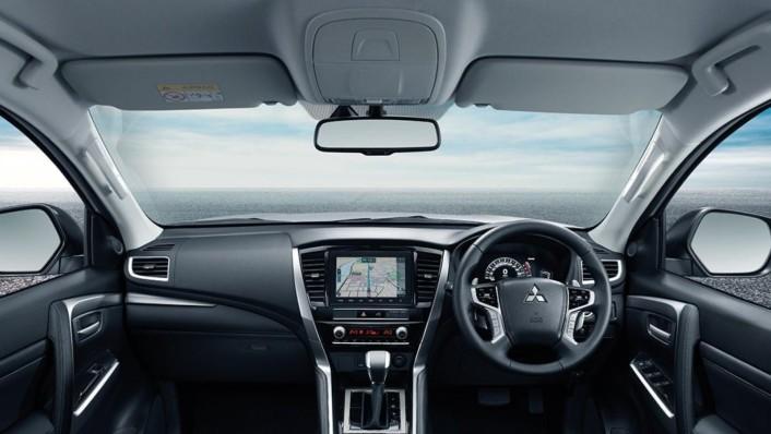 Mitsubishi Pajero Sport Public 2020 Interior 001