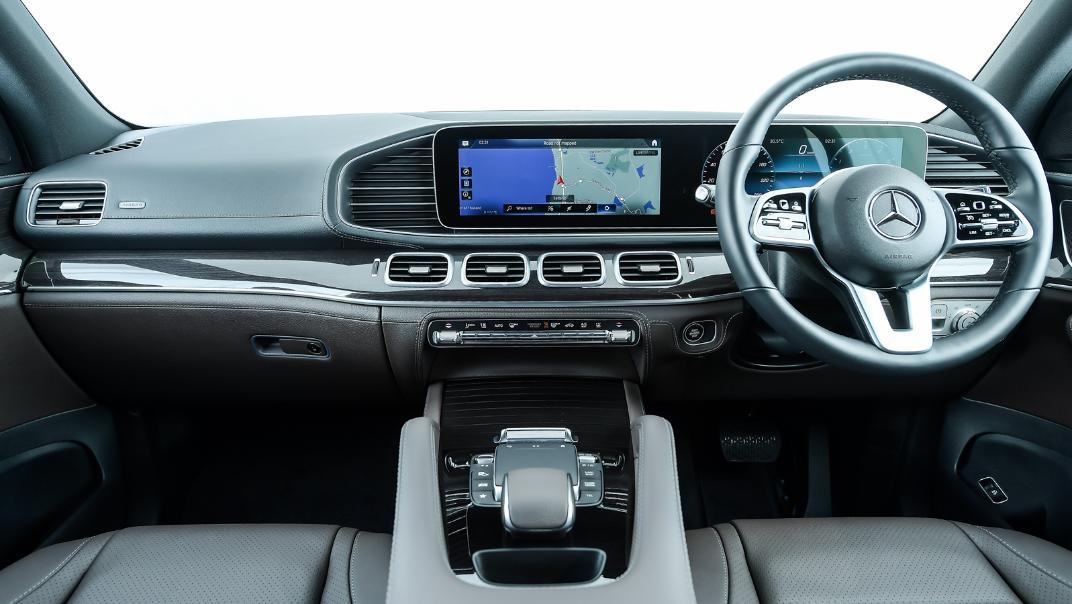 2021 Mercedes-Benz GLE-Class 350 de 4MATIC Exclusive Interior 068