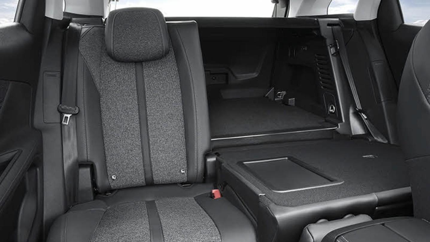 Peugeot 3008 2020 Interior 009