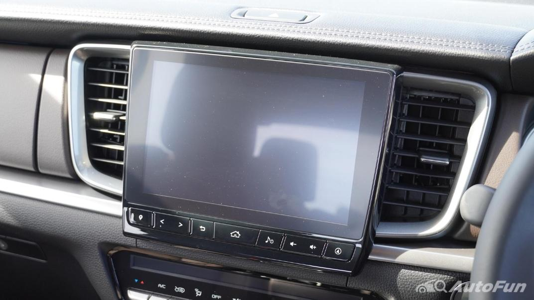 Mazda BT-50 Pro 2021 Interior 011