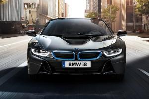 BMW i8 รถสปอร์ตที่มาพร้อมความประหยัดด้วยเทคโนโลยีไฮบริด ด้วยราคาเริ่ม 12.999 ล้านบาท
