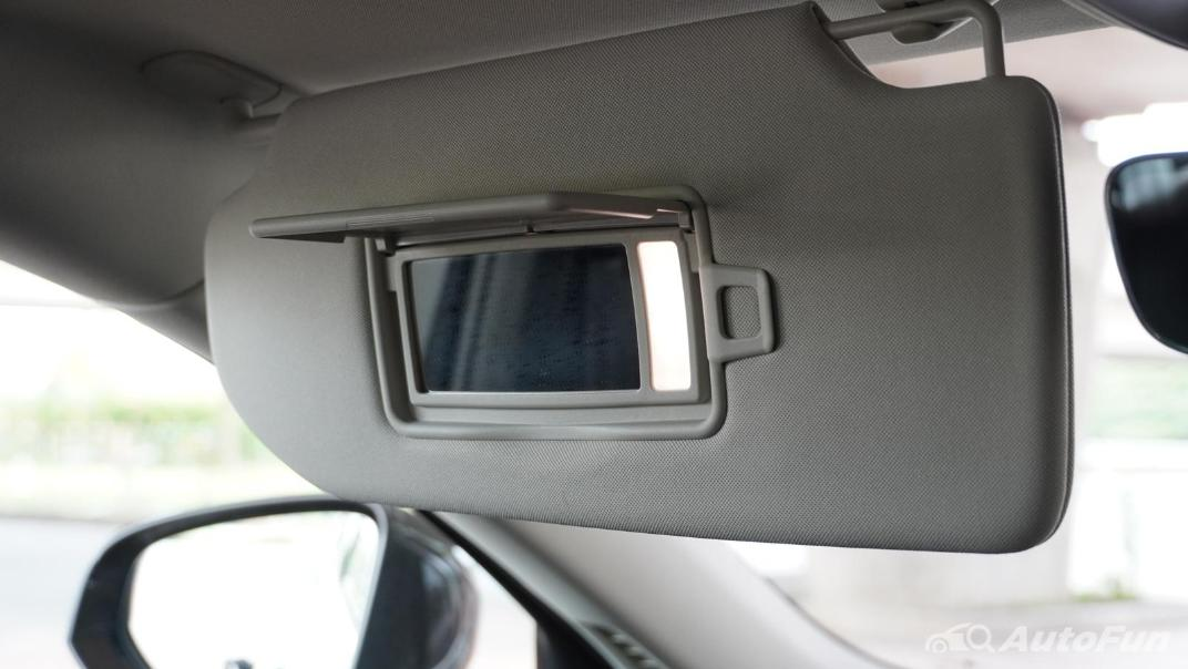 2021 Volvo S90 Recharge Interior 043