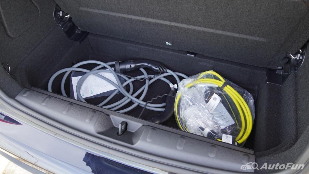 2021 MNI 3-Door Hatch Cooper S Interior 061