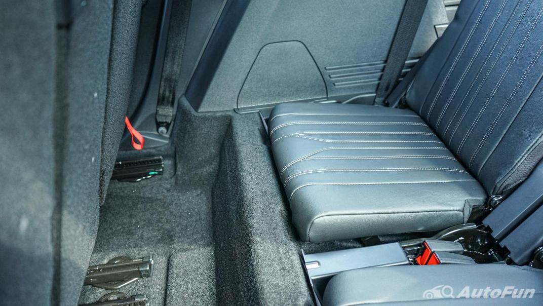 2020 Peugeot 5008 1.6 Allure Interior 042