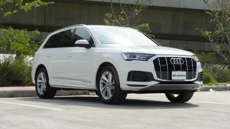 Review : Audi Q7 3.0 TDi ไซส์ยักษ์แรงกระชากใจ ในราคาถูกกว่า Benz และ BMW ทำได้ยังไงกัน ? 02