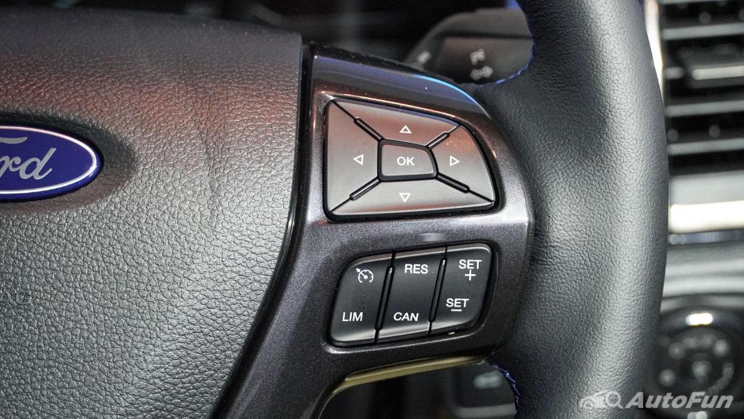2021 Ford Everest Titanium+ Interior 005