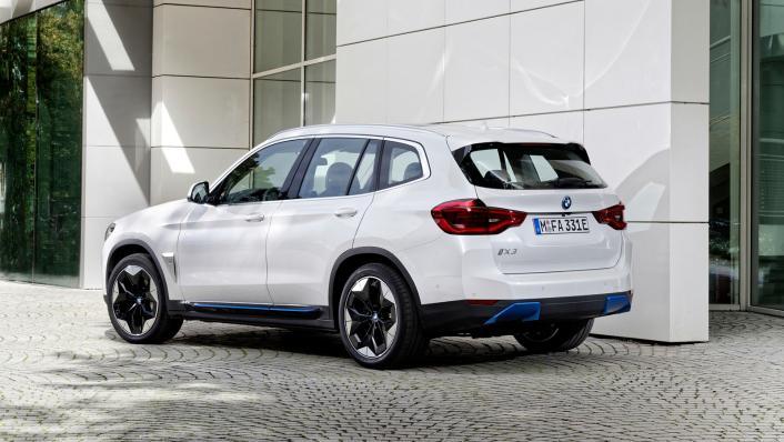 2021 BMW iX3 M Sport Exterior 003