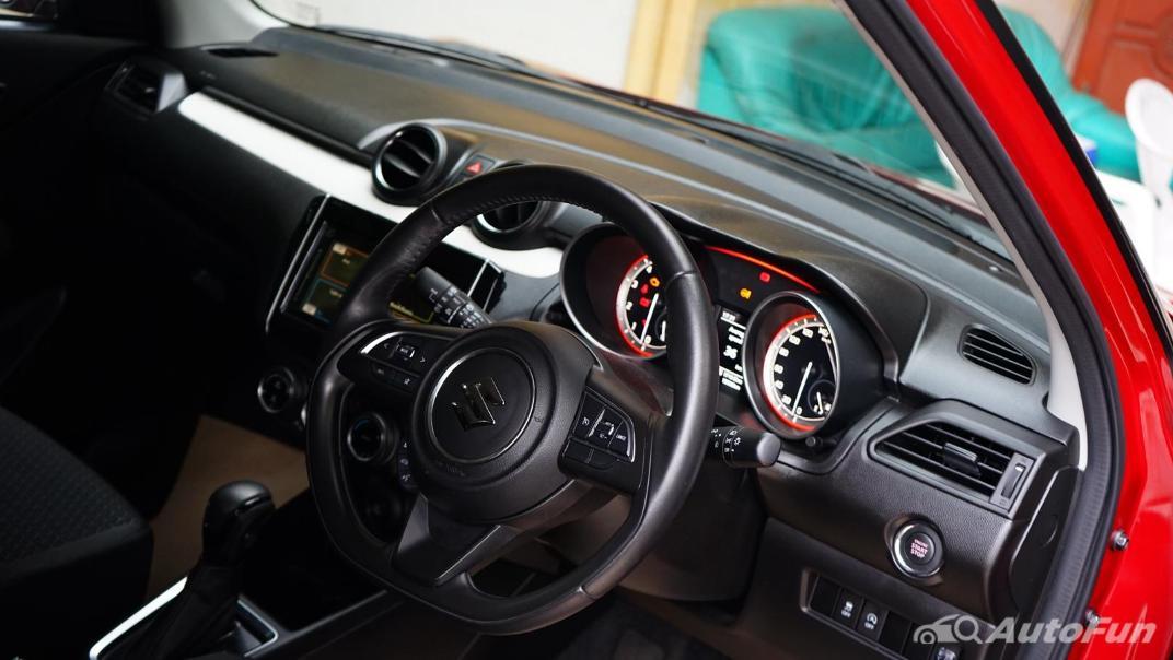 2020 Suzuki Swift 1.2 GL CVT Interior 001