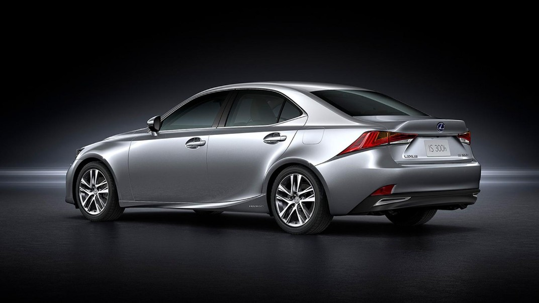 Lexus IS 2020 Exterior 025