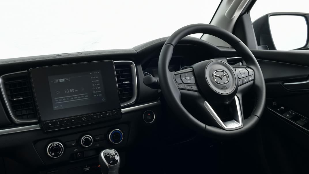 2021 Mazda BT-50 Freestyle cab Upcoming Version Interior 004