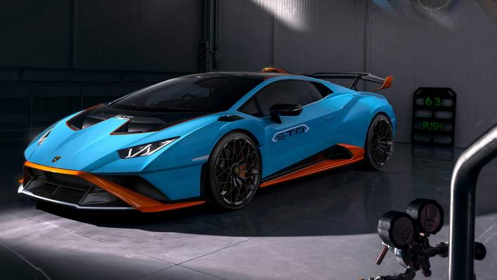 2021 Lamborghini Huracan STO Exterior 001