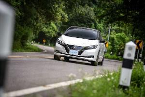 รู้ก่อนซื้อ Nissan Leaf รถยนต์ไฟฟ้าอัดแน่นด้วยเทคโนโลยี