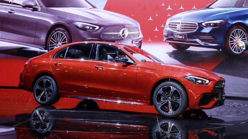2022 Mercedes-Benz C-Class L ยาวขึ้น สบายกว่าเดิม ฟัด BMW 330 Li 02