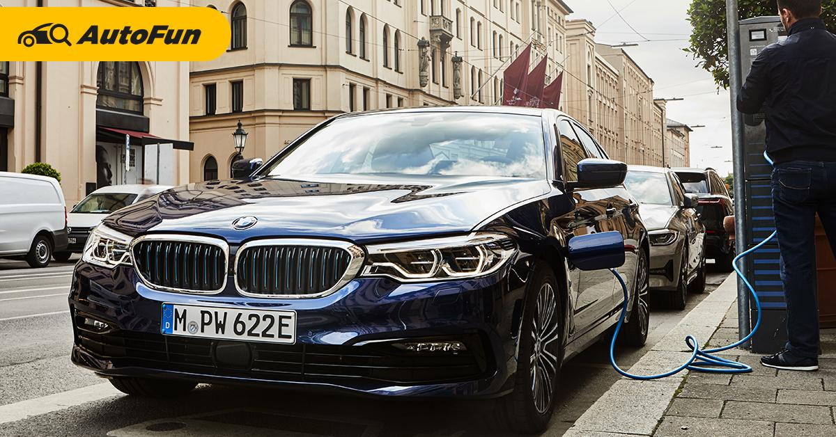 BMW เรียกคืนรถปลั๊กอินไฮบริด 11 รุ่นทั่วโลก พบความเสี่ยงไฟช็อต 01