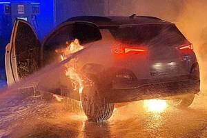 ก่อนจะเป็นอนาคต ค่ายรถต่างสูญเงินหลายล้านเหรียญเพื่อแก้ปัญหารถยนต์ไฟฟ้าในปัจจุบัน