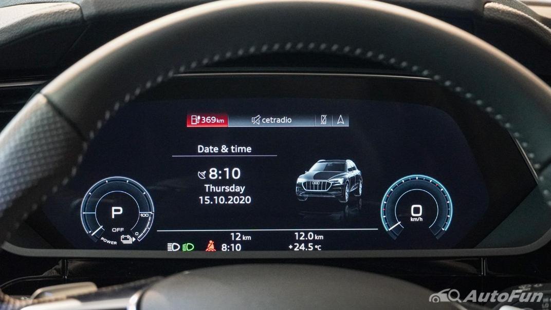 2020 Audi E Tron Sportback 55 quattro S line Interior 010