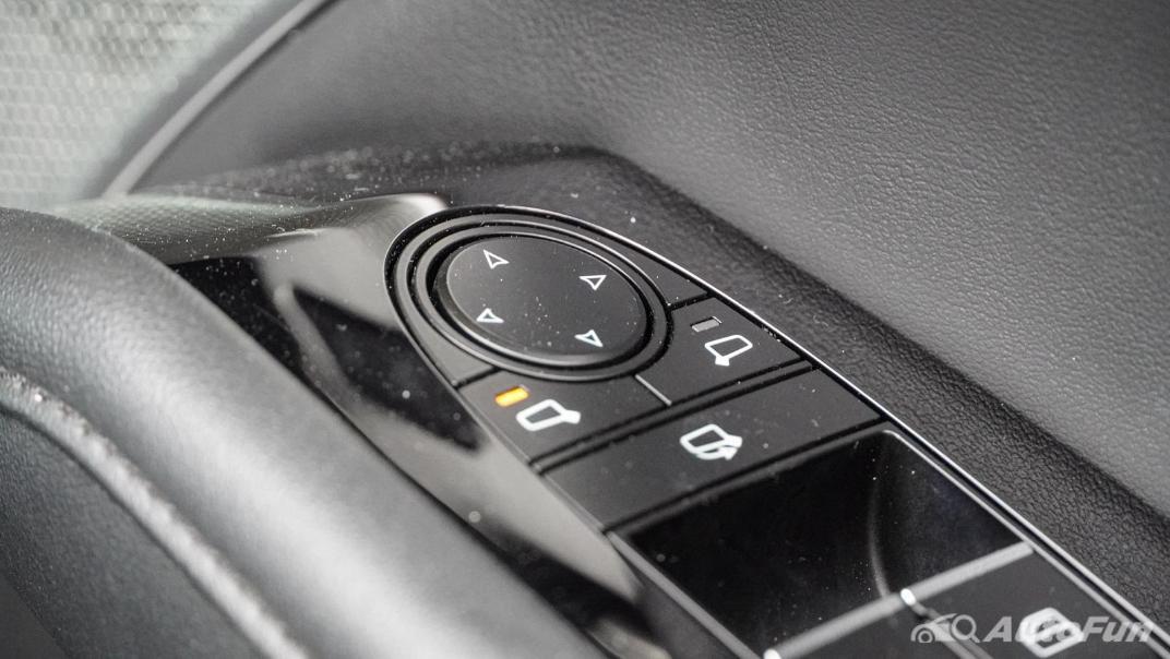 2020 Mazda 3 Fastback 2.0 SP Sports Interior 051