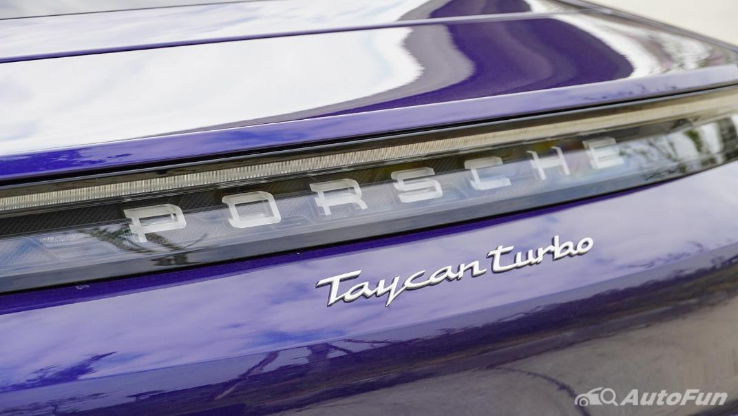 2020 Porsche Taycan Turbo Exterior 017