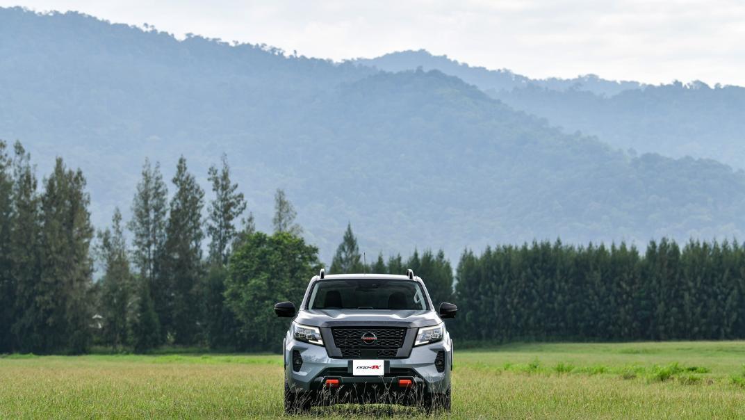 2021 Nissan Navara PRO-4X Exterior 073