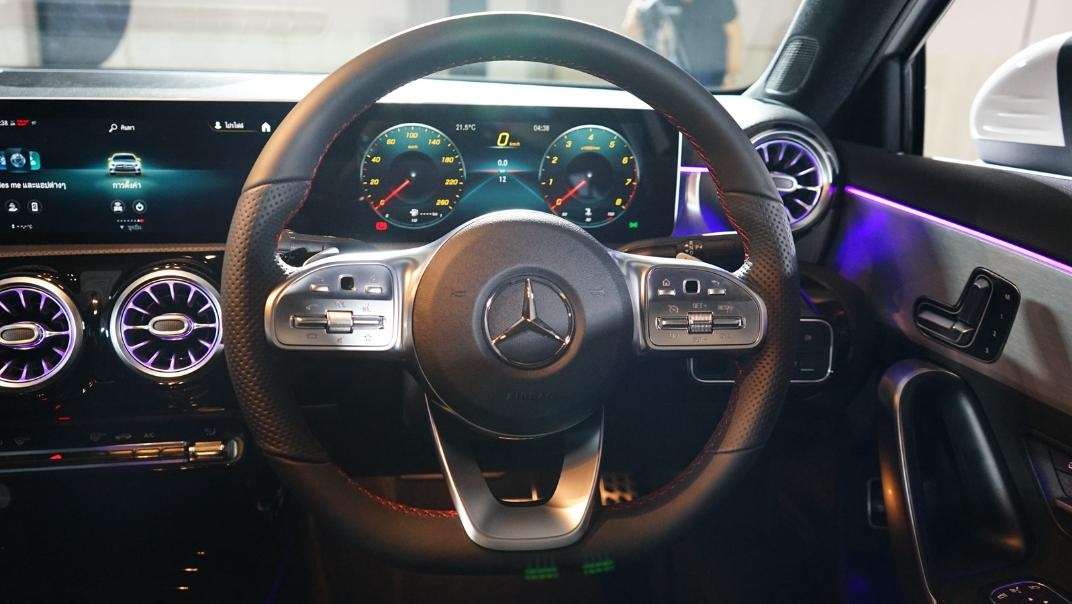 2021 Mercedes-Benz A-Class A 200 AMG Dynamic Interior 016