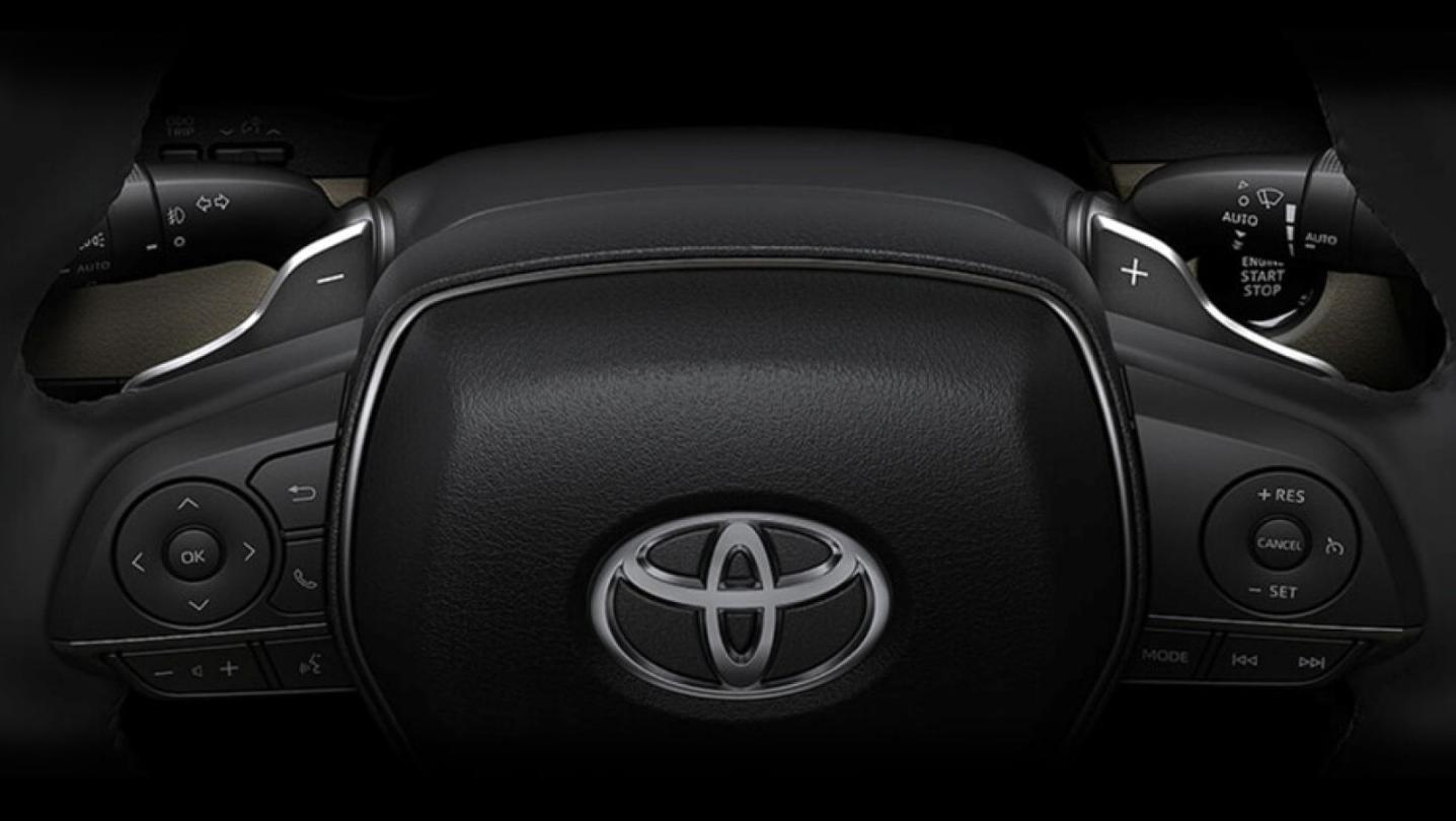 Toyota Camry 2020 Interior 014