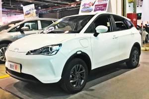 รถยนต์ไฟฟ้าจีน Hozon Neta V เผยสเปคพวงมาลัยขวา มีลุ้นขายไทยขายราคา 700,000 บาท