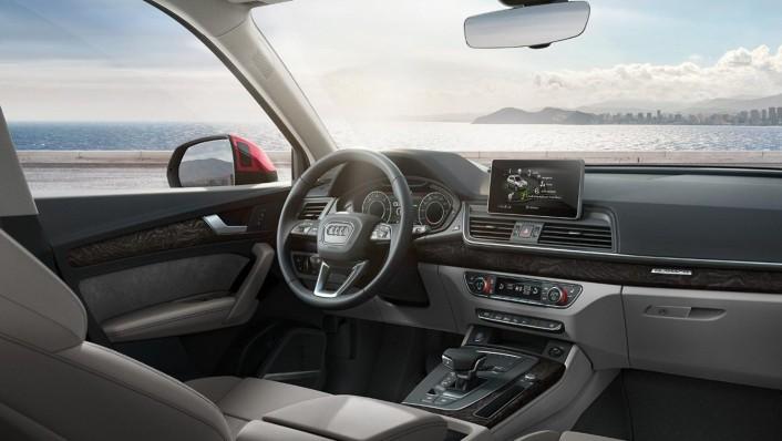 Audi Q5 2020 Interior 003