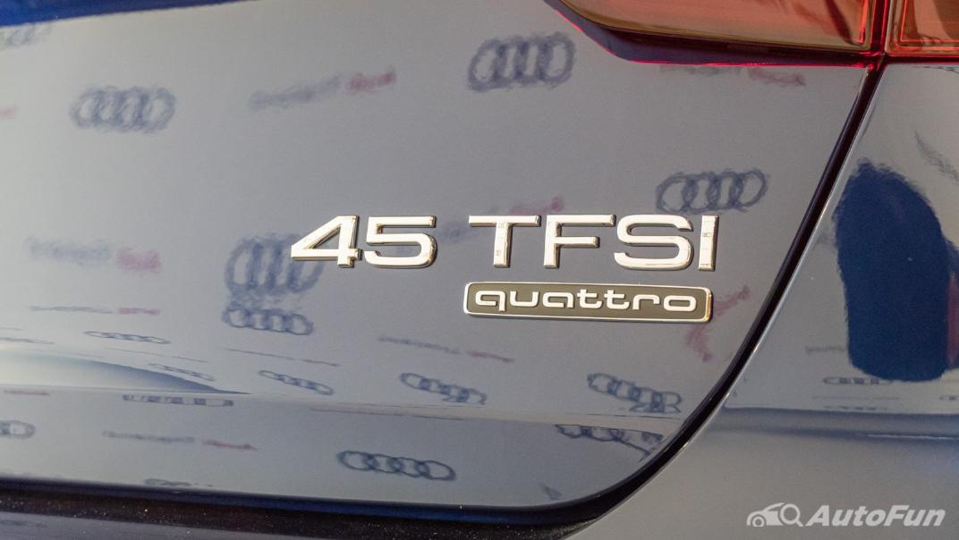 2020 Audi A4 Avant 2.0 45 TFSI Quattro S Line Black Edition Exterior 106