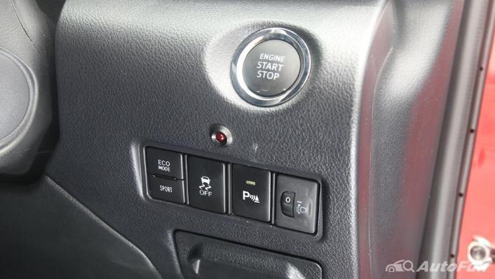 Toyota Yaris 2020 Interior 009
