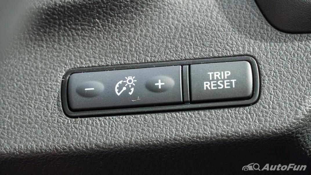2020 Nissan Leaf Electric Interior 029