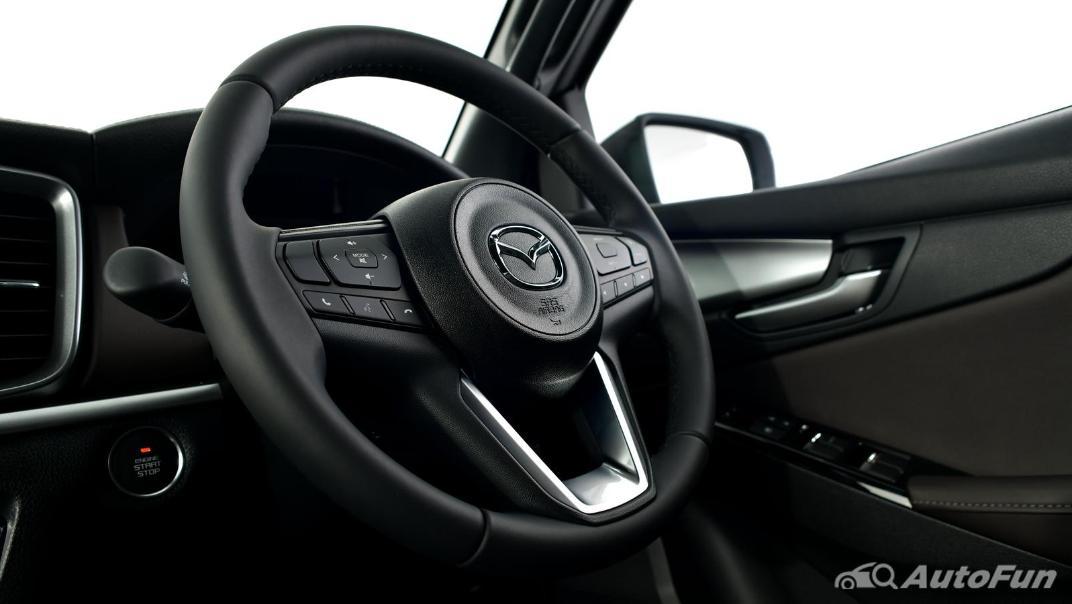 Mazda BT-50 Pro 2021 Interior 054