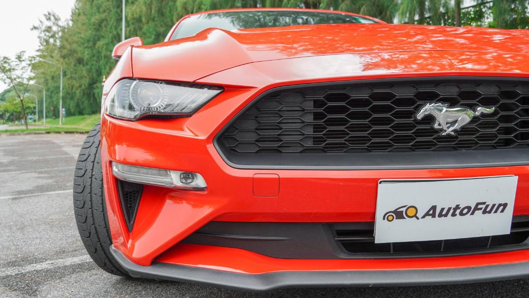 2020 Ford Mustang 2.3L EcoBoost Exterior 051