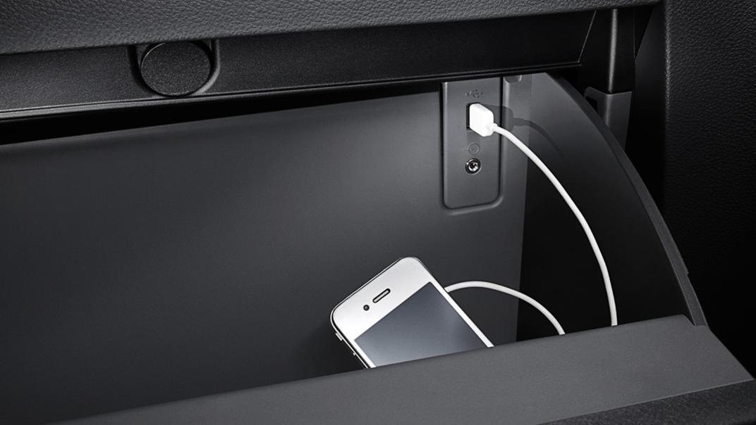 Mazda BT-50 Pro 2020 Interior 016