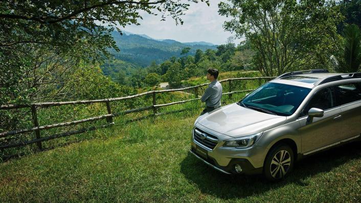 Subaru Outback 2.5i-S Exterior 003
